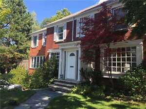 Fantastic And Spacious 4 Bedroom Home at Bathurst/Eglinton