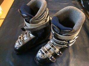 FANTASTIC PRICE ON GENTLY USED ADULT SKI BOOTS