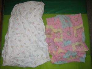 2 - FITTED GIRLS BABY CRIB SHEET FOR BABY CRIB - EUC