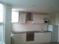 ONE BEDROOM FLAT, N12, MOST BILL INCLUDED, £300 P/W, SORRY NOT AGENT or DSS, minimum 6 months.