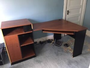 Desk - L shaped, wood