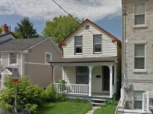 1 Bedroom Available for Summer Sublet!
