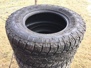 Like New 325 60R 18 Toyo Xtreme AT2 Tires. 10 Ply --Open Country
