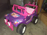 Barbie Jammin Jeep