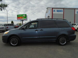 2007 Toyota Sienna CE SPORT EXCELLENT SHAPE IN AND OUT
