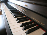 Piano and Keyboard Lessons in East Kilbride with experienced and qualified teacher
