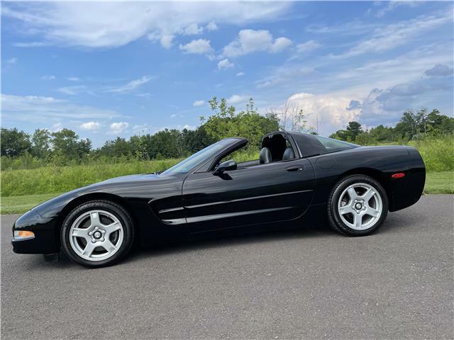 1999 Black Chevrolet Corvette Coupe  | C5 Corvette Photo 1