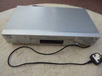 Sony SLV-SE820G VHS Video Cassette Recorder/Player
