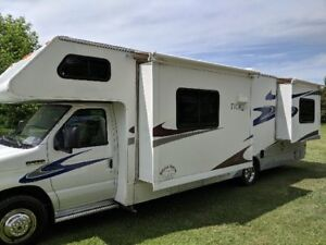 2008 C Class Motorhome 31ft - AVAILABLE JULY 25th Whitehorse