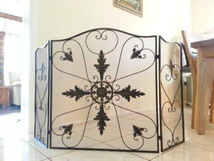 NEW Iron French Style Fireplace Screen Fire Guard Shield BRS002