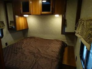 Bunkhouse RV Trailer with Dinette on Awning Side! Kitchener / Waterloo Kitchener Area image 19