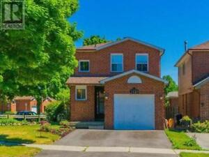 1129 Tanzer Court (Pickering Home for Sale)
