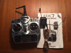 Spectrum DX7 aircraft transmitter & receivers