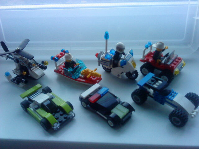 15 Mini Lego Sets With Instructions In Dewsbury West Yorkshire