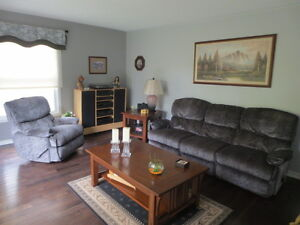 Lovely Home on Almost 3 Acres!! Peterborough Peterborough Area image 7
