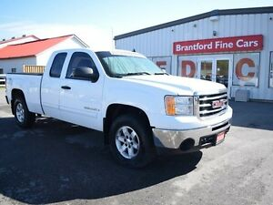 2009 GMC Sierra 1500 SLE 4x4 Extended Cab 5.75 ft. box 133.9 in.