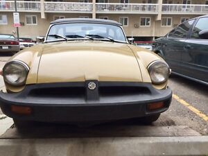 MGB 1976 onvertible.