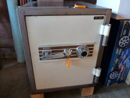 Safe combination Lord brand Home or Office Australian made