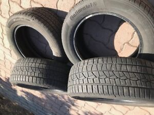 PNEUS CONTINENTAL 205/55/R16 --comme neuf--
