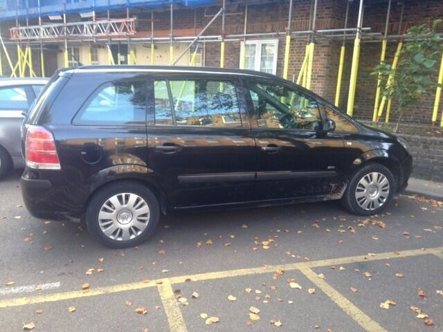 2009 PLATE - VAUXHALL ZAFIRA for sale, 70,000 miles, very good condition ( £1400 or ONO)