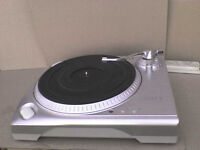 iON iTT Stereo Turntable with a USB Cmptr Cable