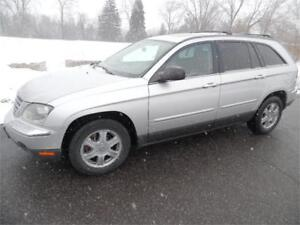 2006 Chrysler Pacifica Touring, Leather , AWD , Clean $2850.00