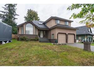 Marvelous '92 Built Family Home on Large Lot - Brent Roberts