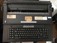 Olivetti ET 115 Electric Typewriter