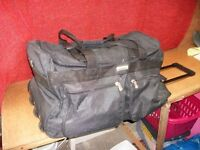 Large Holdall with wheels