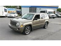 Jeep Patriot SPORT/NORTH 4X4, 4cyl, Manuelle, 5vitesses, Air cli