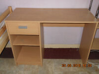******** DESK WITH DRAWERS AND 2 CHAIRS***********