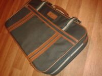 Large green courier thin travel bag