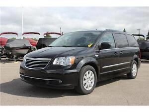 Chrysler Town & Country Touring*Backup Camera*