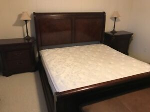 Broyhill King size bedroom set