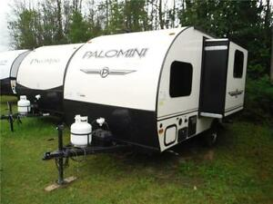 2015 Palomini 150RBS Ultra Lite Travel Trailer with Slideout Stratford Kitchener Area image 2