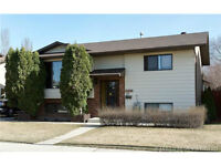 FAMILY HOME W/ SOME RECENT RENOS IN DEVELOPED AREA OF SOUTHRIDGE