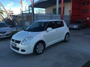 2006 Suzuki Swift RS415 Pearl White 5 Speed Manual Hatchback Clontarf Redcliffe Area Preview