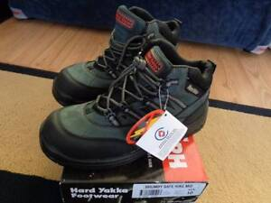 YAKKA, BRUMBY SAFE HIKE. SIZE 10. Mannum Mid Murray Preview