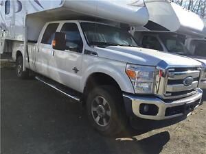 2016 Ford Lariat F350 long box - Diesel