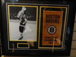 Johnny 'Chief' Bucyk autographed 1972 Bruins Stanley Cup Banner