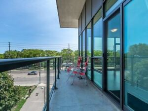 Well Kept Beautiful 2Bed 2 Wash Condo in :Lake Shore