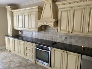 Beautiful Kitchen in Excellent Condition