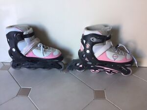 Girls Power roller blades  size 5-8