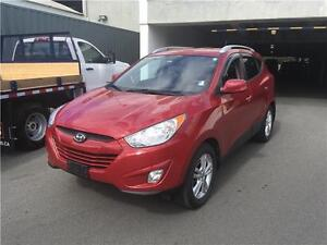 2011 Hyundai Tucson GLS 4WD red excellent condition