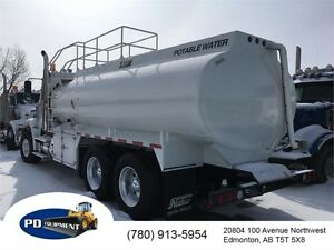 2014 Freightliner 122SD T/A Potable Water Truck
