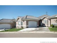 3 BEDROOM HOME IN 45+ COMMUNITY WITH MAINT. FREE LIFE STYLE!