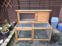 Liberta Rabbit Hutch with attached run and accessories