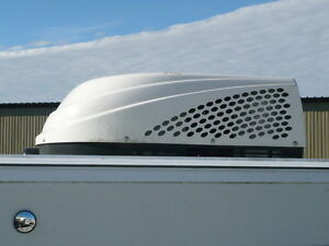 RV roof Air Conditioner made by Dometic