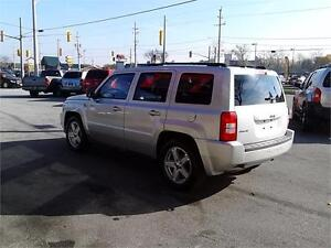 2010 Jeep Patriot 4X4 Trail Rated North Edition Windsor Region Ontario image 4