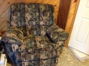 Rocker Recliner Cleveland  -  non smoking home
